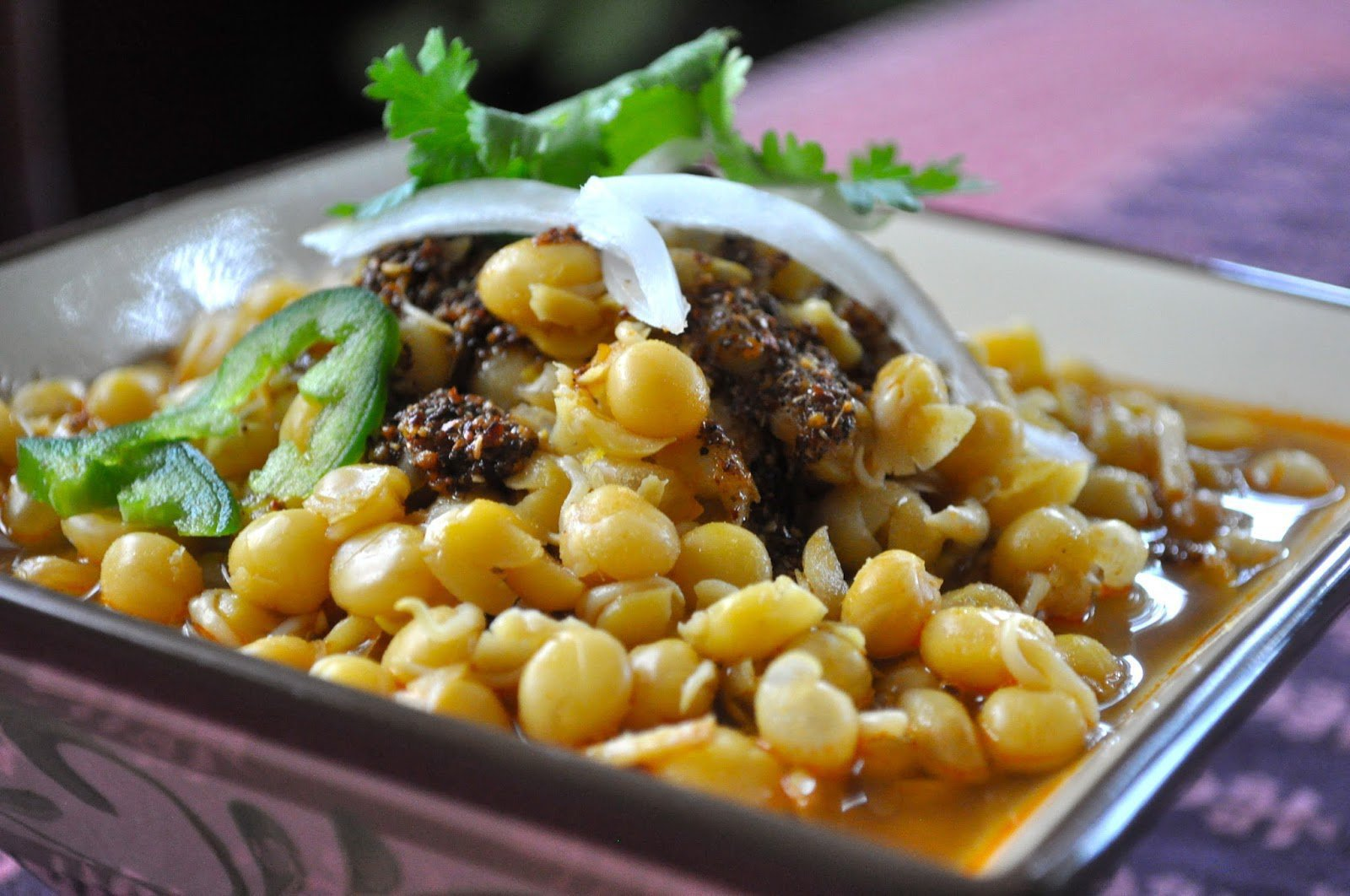 15 Yummy Street Food Of India Everyone Must Try 14