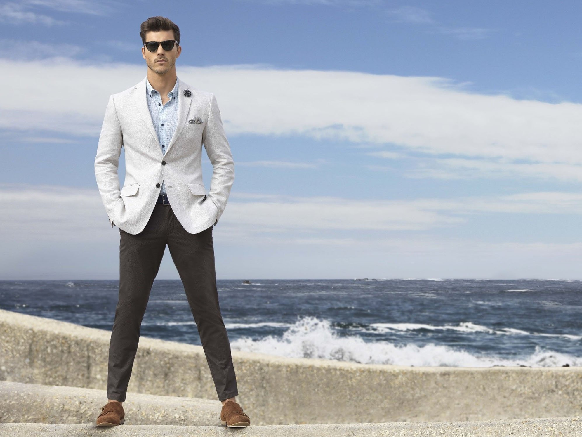 These 7 Dapper Outfit Options Are Fashion Gold For Guys Who Want To ...