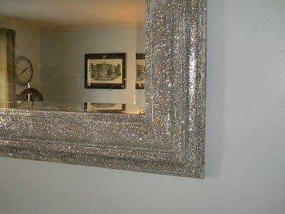 15 quirky ways to incorporate glitter in your home decor Metallic home decor pinterest