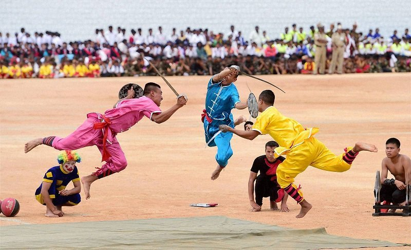 sports day in india essay The annual school sports day the annual school sports day points: introduction - programms chalked out - items of the programme good essay reply delete.