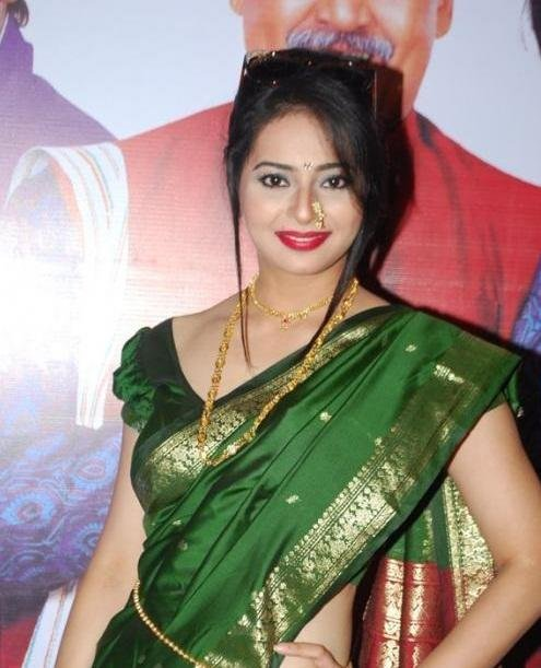 Adult film actress