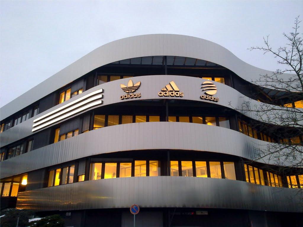 NOVINA HOTEL Herzogenaurach Herzo-Base - Herzogenaurach