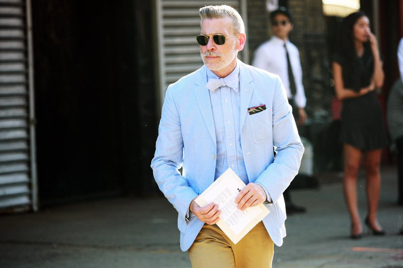 e465a5d3768 These Gorgeous Men Sporting Bow Ties Will Make You Want To Buy One Right  Away