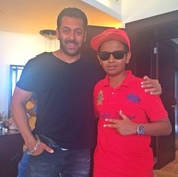 Richest Kid In Dubai >> Why Are Celebrities From Around The World Posing With This 14 Year