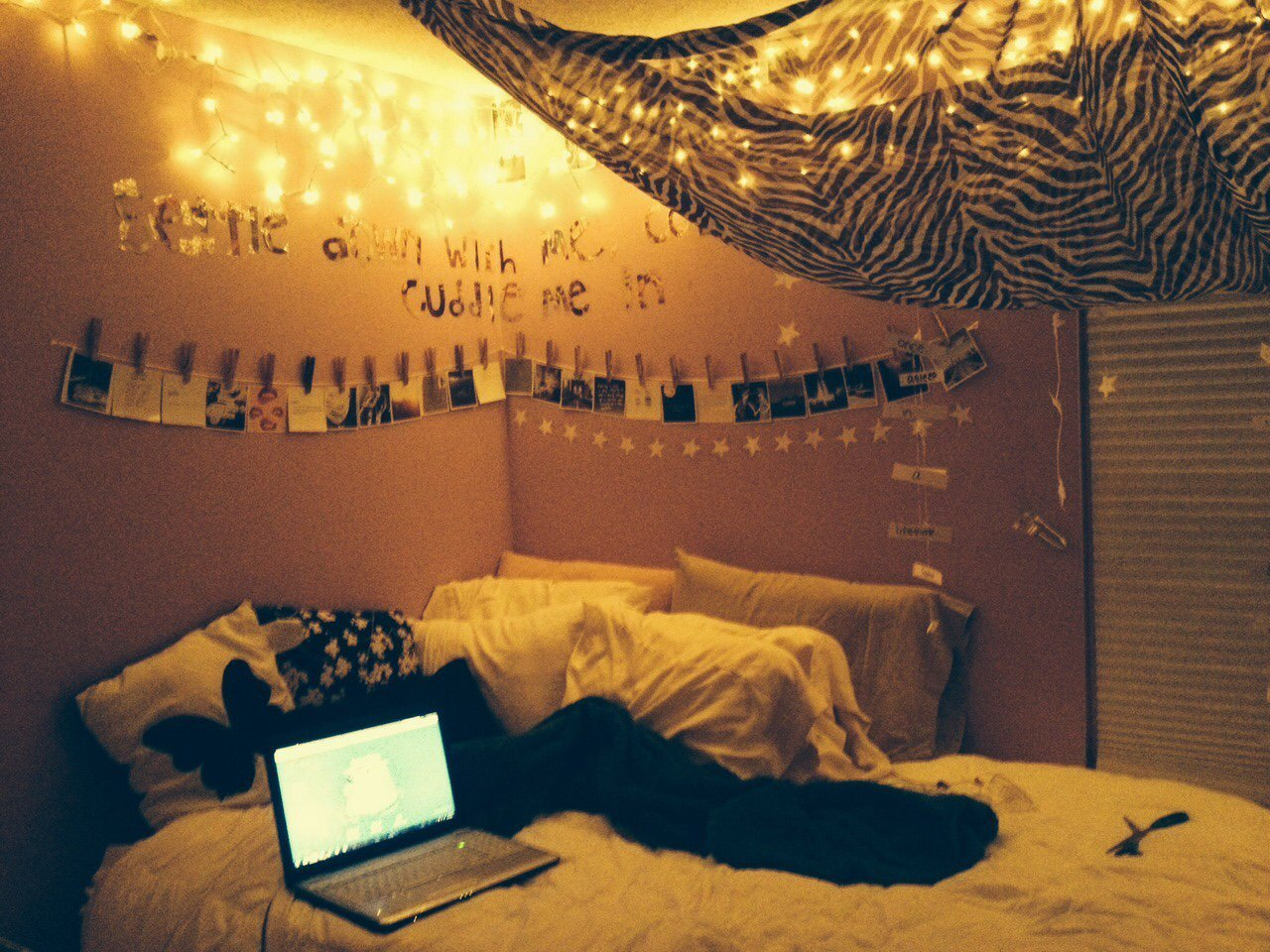 Fairy lights bedroom tumblr - Bedroom Fairy Lights Tumblr Source Tumblr