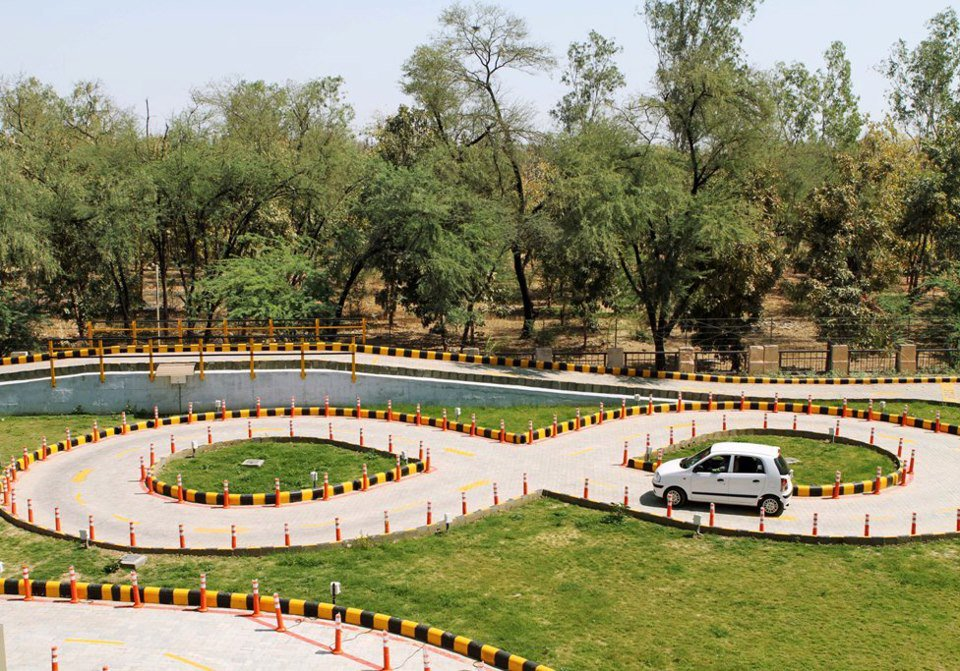 RTOs in Gujarat to allow automatic transmission cars for Driving License test