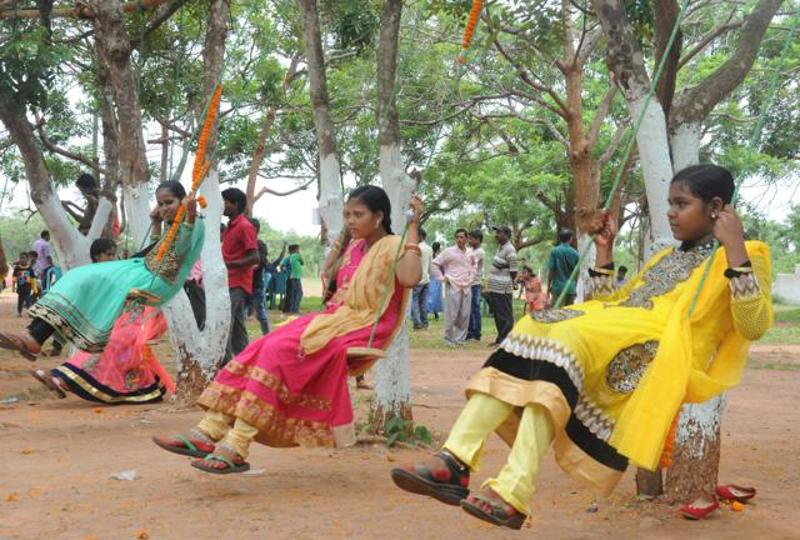 Raja Parba Odisha Festival That Celebrates Womanhood on Flowers Cycle