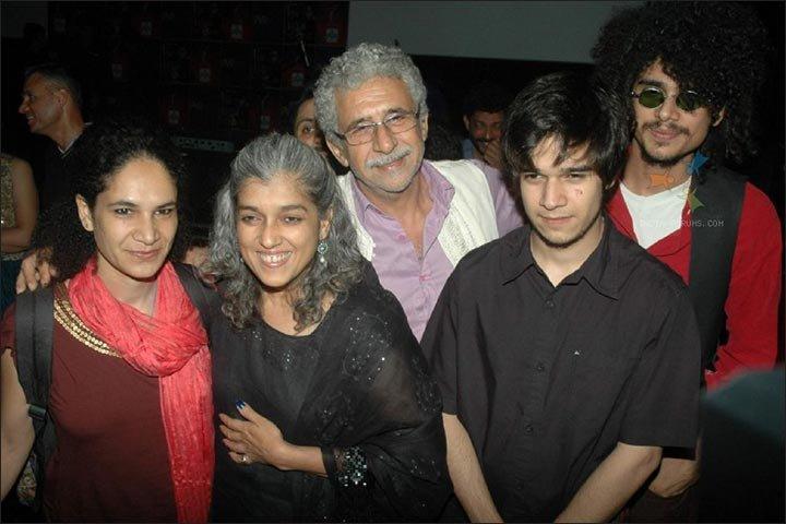 In The Age Of Instant Pleasure, Naseeruddin & Ratna Pathak ...