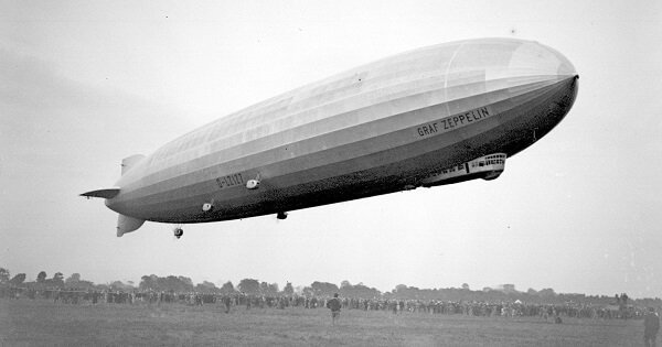 This Is What The Luxury Zeppelins From The 1930s Looked Like From The Inside