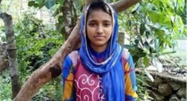 Kerala School Topper Commits Suicide After Media Highlights Her Poverty-5942