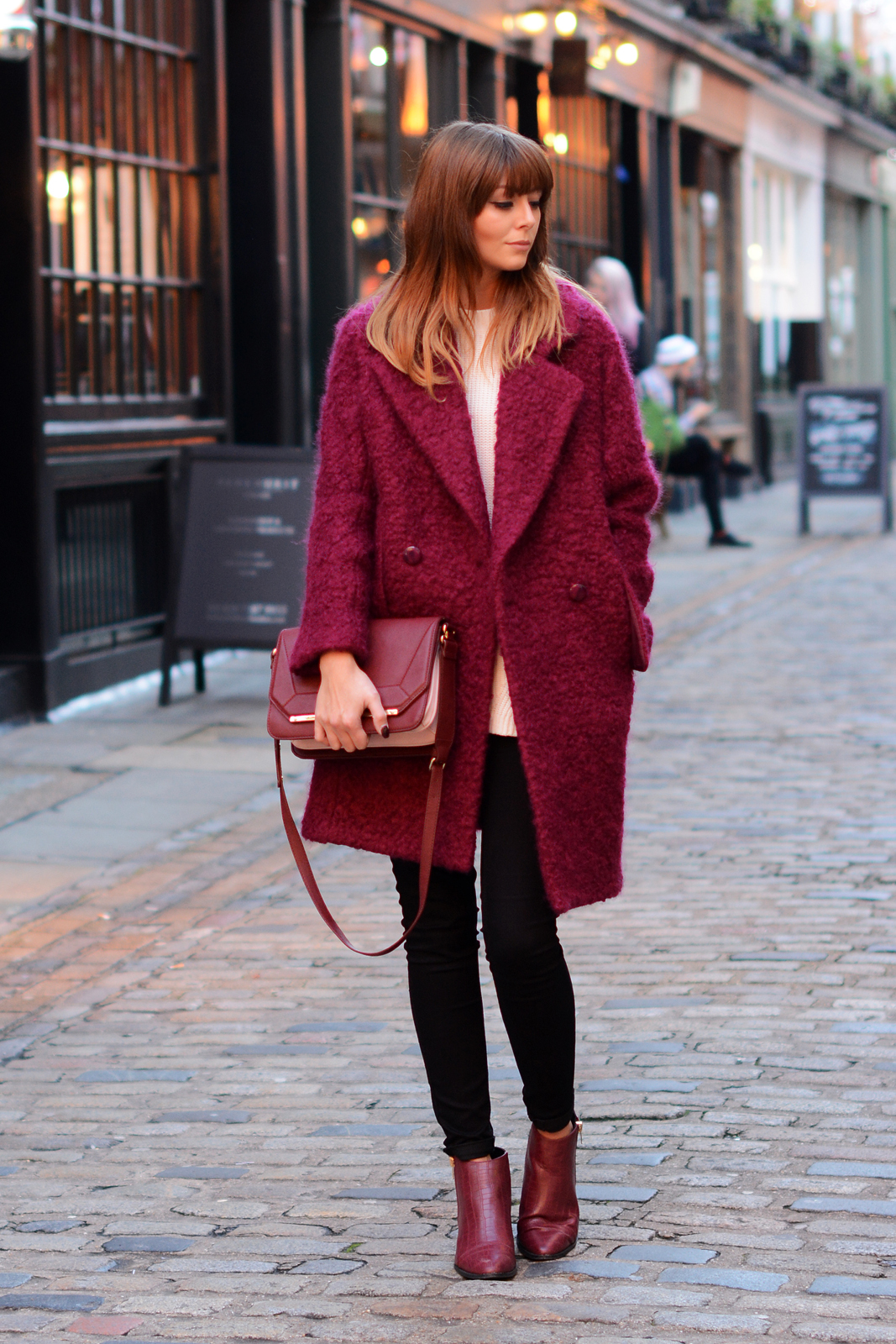 Wine Red 9 Ways To Use This Colour To Add Some Sexiness