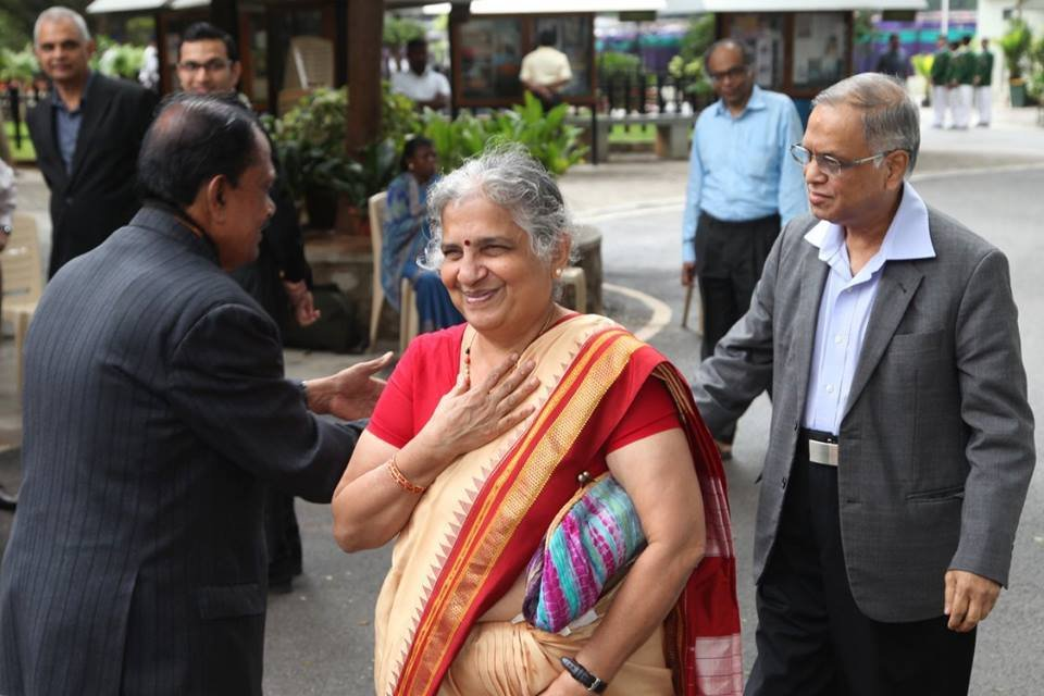 Sudha & Narayana Murthy's Story Teaches Us There Is More To