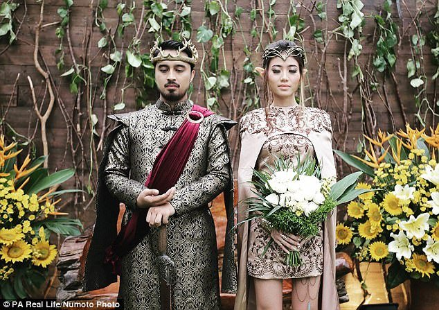This Had A Of Thrones Themed Wedding It Looks Like Fantasy Come True
