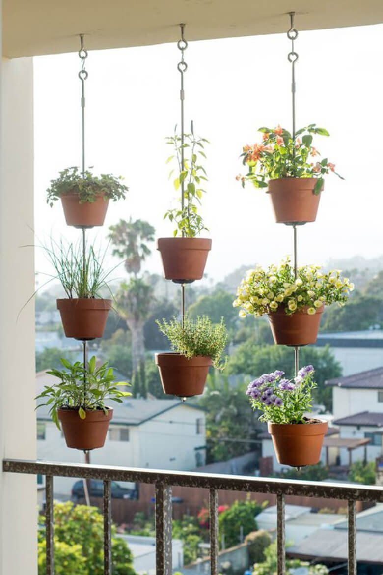 10 Gorgeous Ideas To Decorate Your Tiny Balcony On A Budget