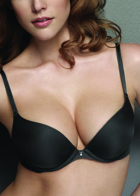 Two Years Ago I Said Goodbye To Bras. Here's Why I Don't ...
