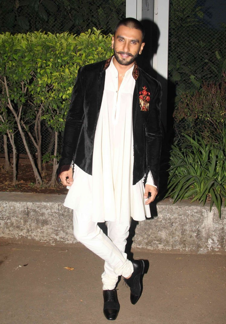 350140372 Ranveer Singh Dressing Style-24 Best Fashion Look of Ranveer Singh