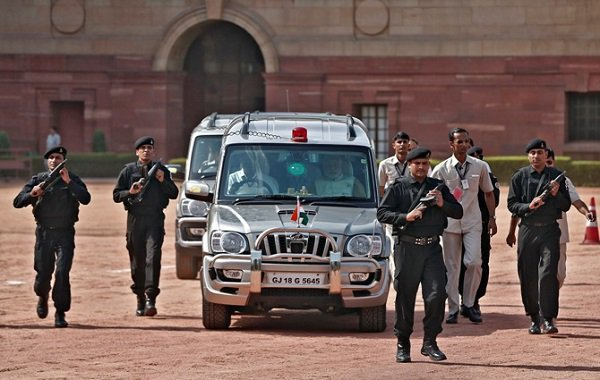 Did You Know Ias And Ips Officers Are Not Allowed To Use The Laal