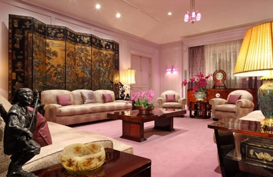 Here S A Look At The Incredibly Luxurious Homes Of Some Of