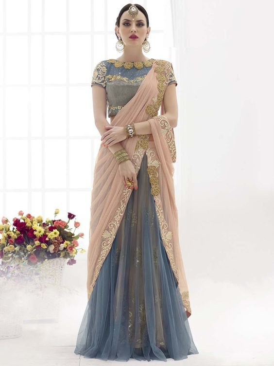 4794fc69bbe113 Ditch The Conventional & Try These 10 New Ways Of Draping A Saree ...