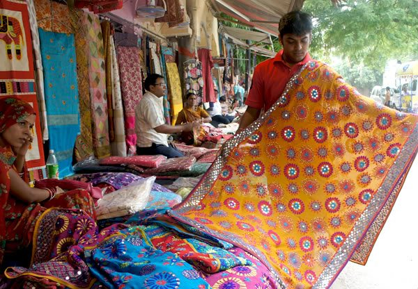 10 Markets Other Than Sarojini Nagar Where You Can Do Budget Shopping In Delhi