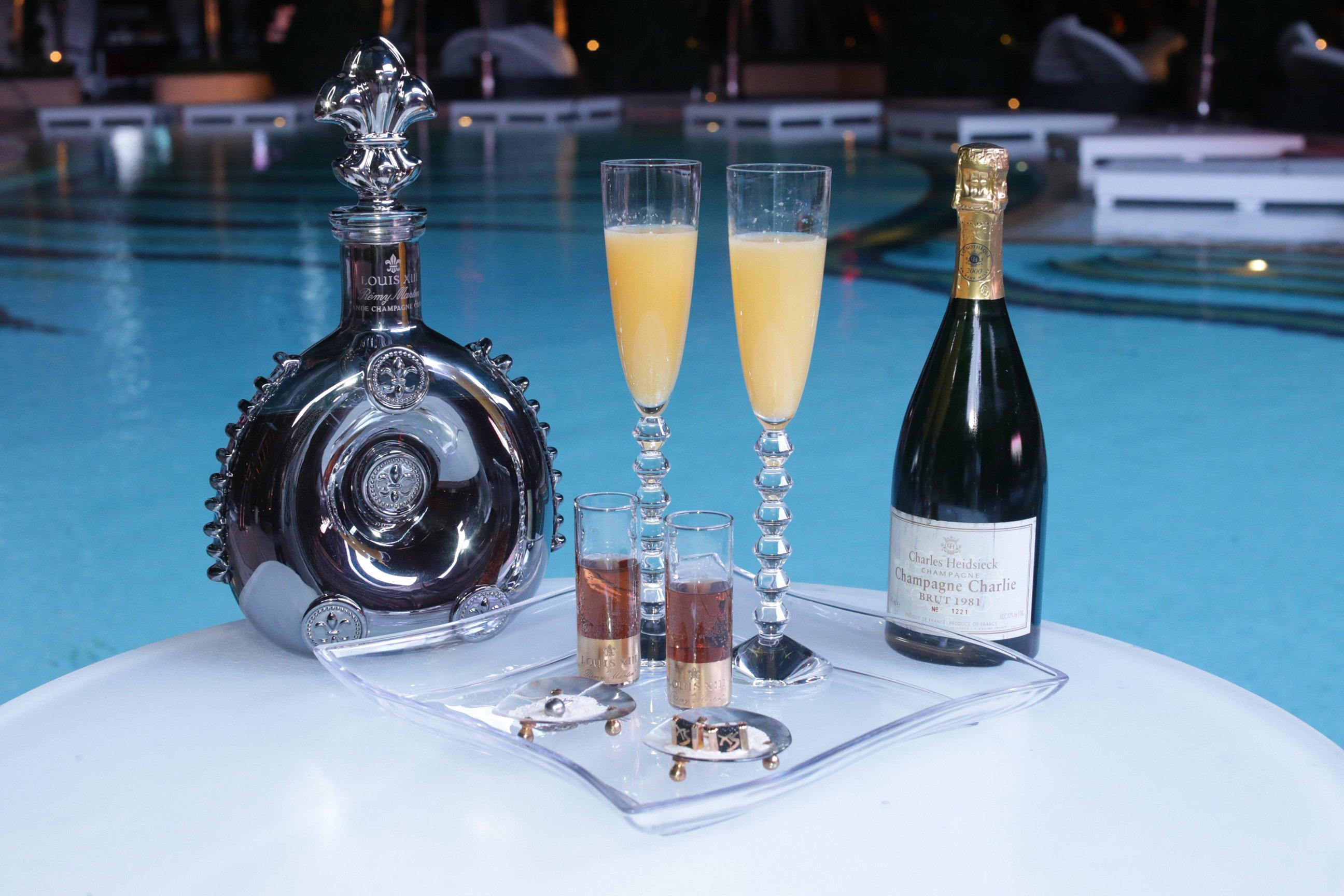 10 Of The Most Expensive Cocktails In The World That'll Burn A Hole In Your Wallet Your Liver