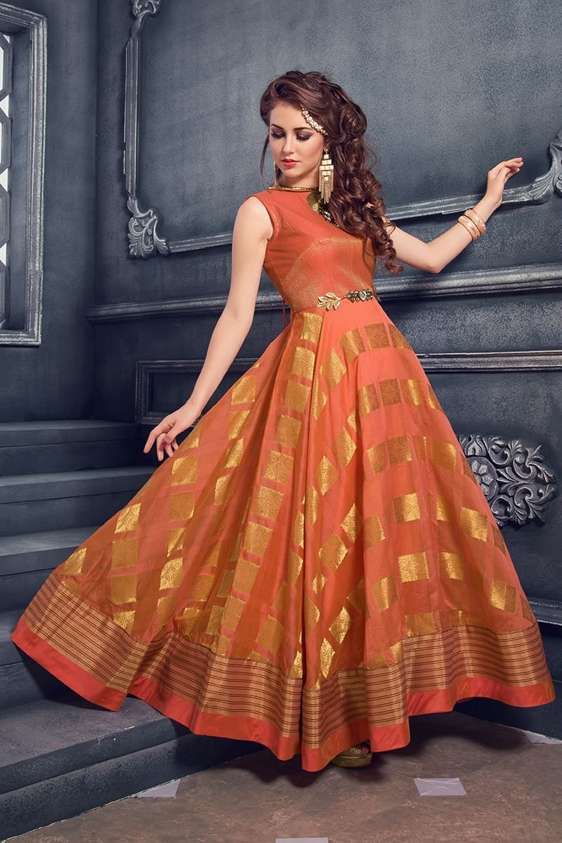 db6713aa9e9df 10 Innovative Ways To Re-purpose Your Old Saree Into A Brand New Outfit