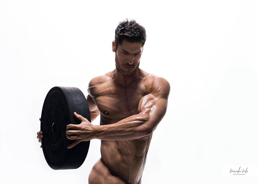18 International Athletes Strip For A Charity Calendar The Photos Are All Kinds Of Beautiful