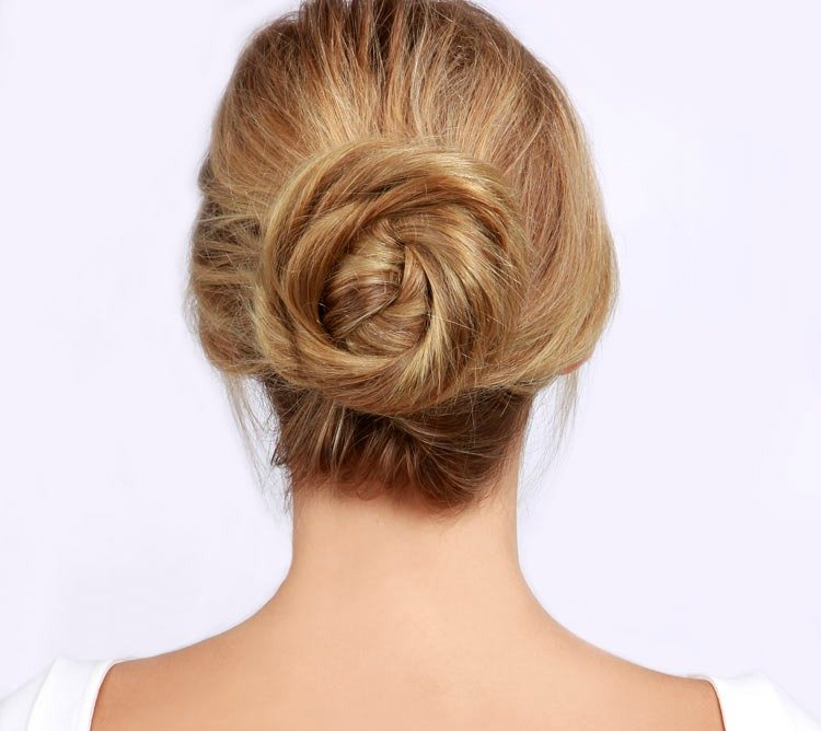 10 Best Hairstyles That Girls With Long Hair Should Try Out ...