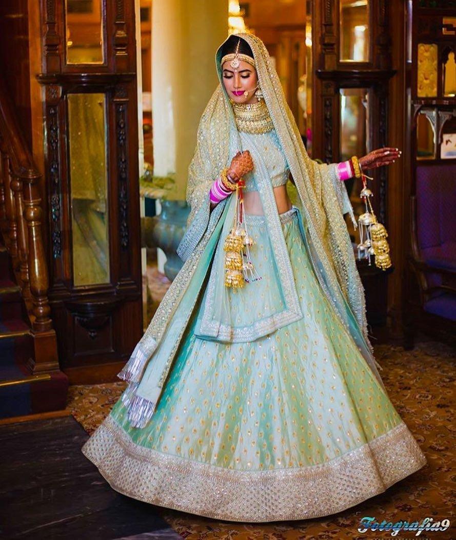 30+ Stunning Sabyasachi Bridal Lehengas That Will Inspire You This ...