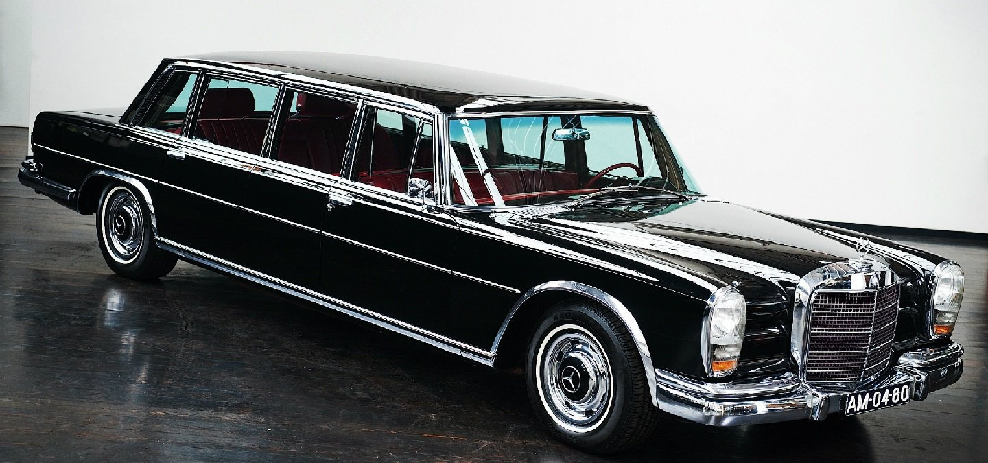 Here Are All The Amazing Custom Made Cars That Royal Families From ...