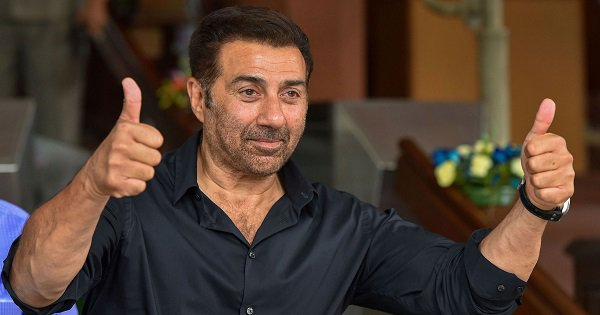 In A Major Blunder, Sunny Deol Says He'll 'Withhold Sovereignty' While Taking The Oath In Lok Sabha