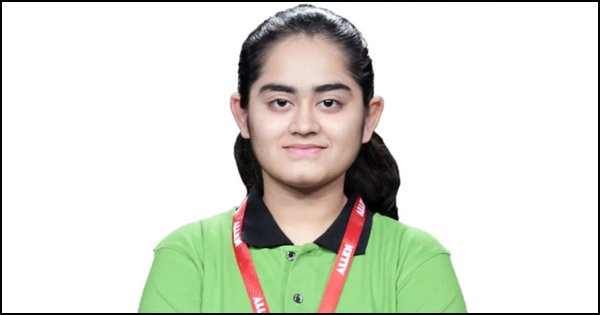 In A Rare Feat, Surat Girl Cracks NEET, JEE, AIIMS, JIPMER & Gets Scholarship Offer From MIT
