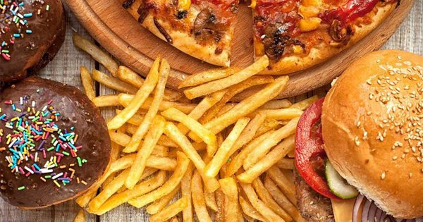 Eating Junk Food Regularly Can Lower Your Sperm Count, Claims A Harvard Study