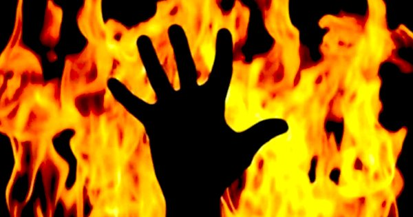 UP Locals Mistake A Dalit Man For A Thief, Strip Him & Set Him On Fire