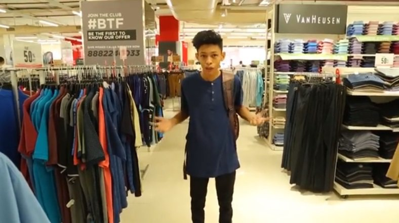 Mature Bag Guy Gets Deal With Fashion Apparel Brand & We Can ...