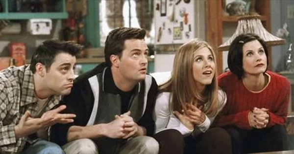 This Company Will Pay $1,000 To A Superfan To Binge-Watch 'Friends' For 25 Hours