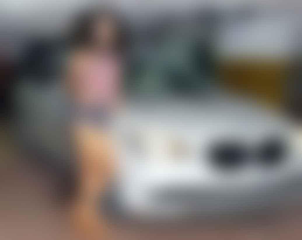 Kangana BMW 7 series