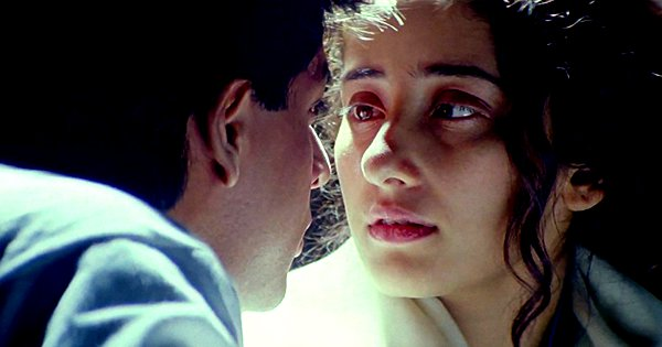 A Lookback At Dil Se's Meghna, Played By Manisha Koirala, Who Stole Every Scene From SRK