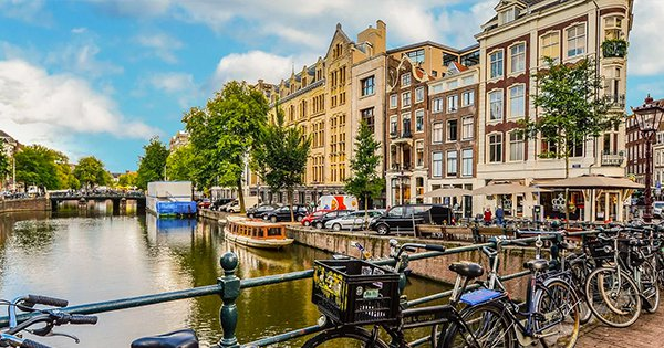 Amsterdam To Buy Off Young Adults' Debt To Encourage Higher Studies and Employment Opportunities