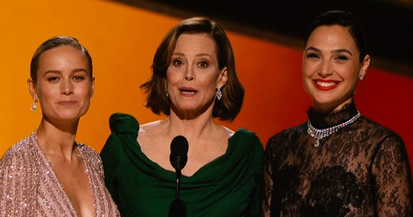 7 Moments From Oscars 2020 That Were A Celebration Of Female Solidarity and Sisterhood