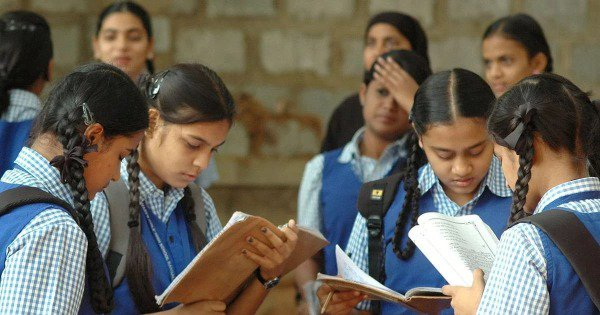 Hey Indian Parents, Could You Please Stop Shutting Down Internet and Cable Before Exams?