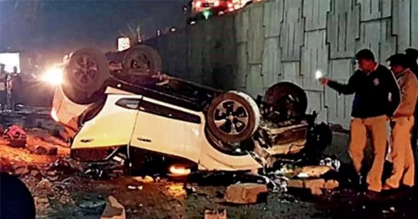 Tata Nixon Car Drives Off A Highway, Crashes 15-Feet Below, Family Escapes Unharmed