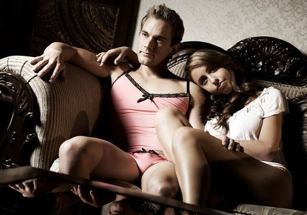 HommeMystere is an online lingerie store who believe in some lace lovin .  And it s for straight men as well 3078054b3