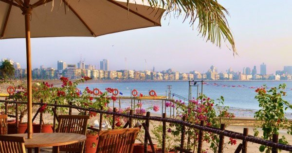beach date in mumbai