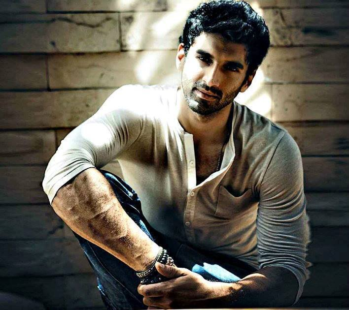 aditya roy kapoor hamara photos