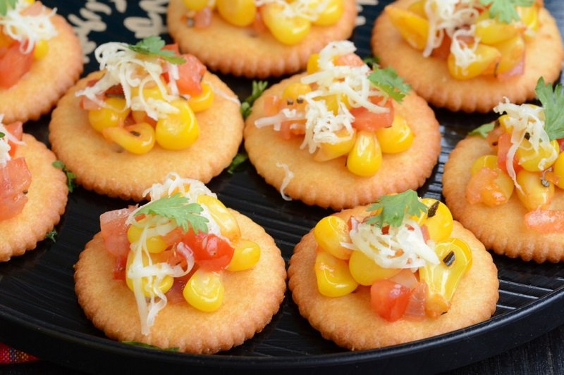 16 comfort foods that will help you get over india s world for Where can i buy canape cups
