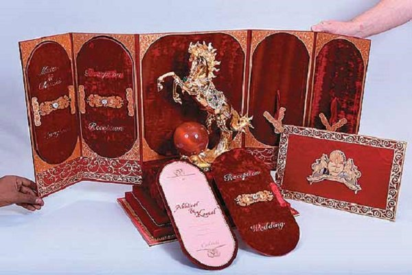 31 Creative Wedding Invitation Cards That Deserve A Thumbs Up – Indian Traditional Wedding Cards